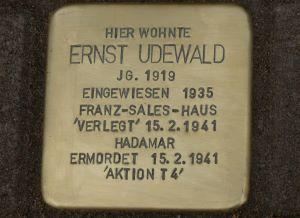 Stolperstein für Ernst Udewald in Essen-Holsterhausen, Holsterhauser Str. 176, Bild: Volker van der Locht